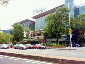 こちらも高級ショッピングモールのバンサーショッピングセンター Bangsar Shopping Center