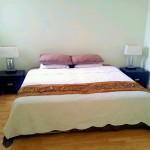 クィーンサイズのベッド