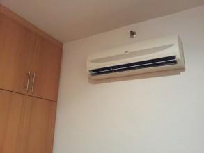 家具なしとはいえエアコンは各部屋揃っています