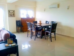 Seri Titiwangsa セリ ティティワングサコンドミニアム ダイニングテーブル