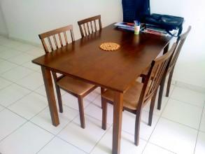 Axis Residence アクシスレジデンスコンドミニアム ダイニングテーブル&キッチン