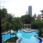 Sri Kenny スリケニーのプールは普通のプールではない、、、