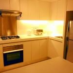 日本人オーナー2ベッドマイハビタットMyhabitat 充実のキッチンエリア