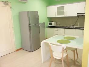 パークビューサービスアパートメント(コンドミニアム) Parkview Service Apartment