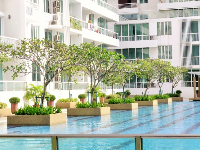 embassyview_swimming-pool4