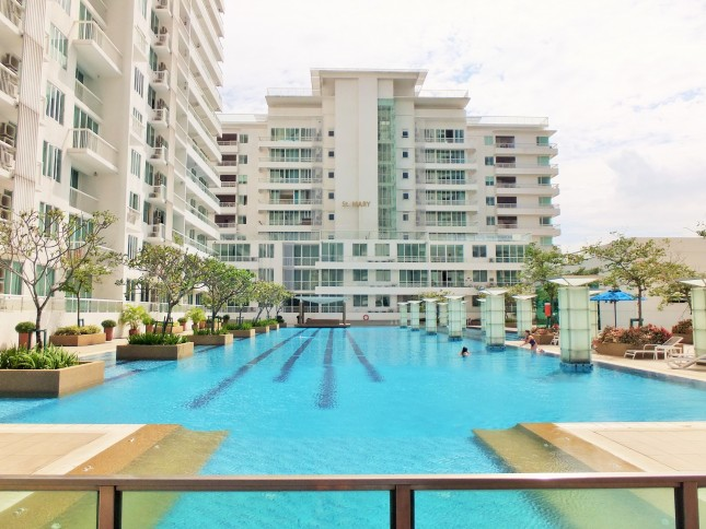 embassyview_swimming-pool6