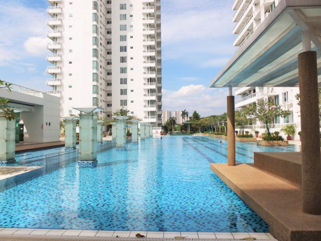 embassyview_swimming-pool7