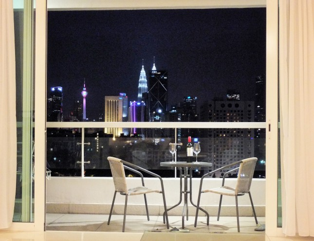 embassyview_view-night3