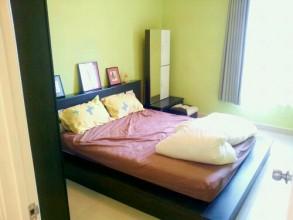 第二ベッドルームもこの余裕と日本人好みなセンス。 Royal Domainです